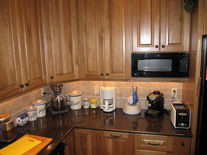 Picture of backsplash in remodeled kitchen in Anderson Township, Cincinnati, Ohio